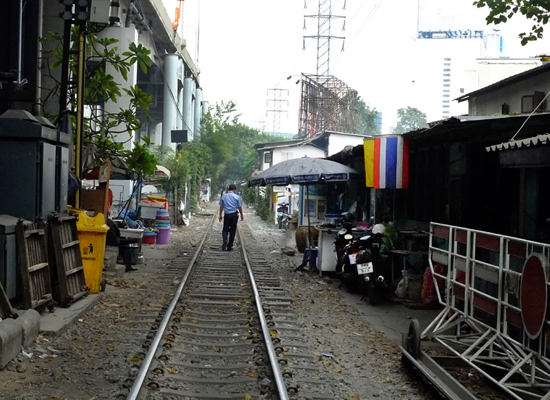 bangkok-train-lines-35mmviewe