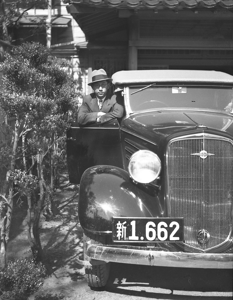 vintage japanese negatives chevrolet roadster